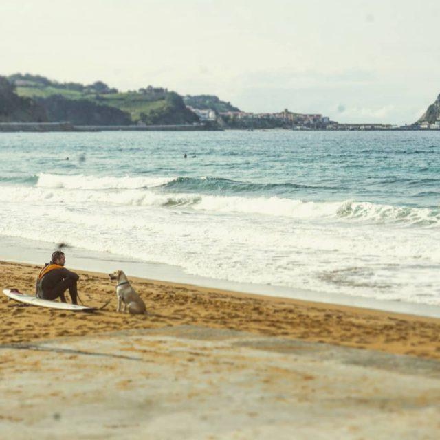 bask kiyilari zarautz ve getaria sahilleri Doneli bi ay olduhellip